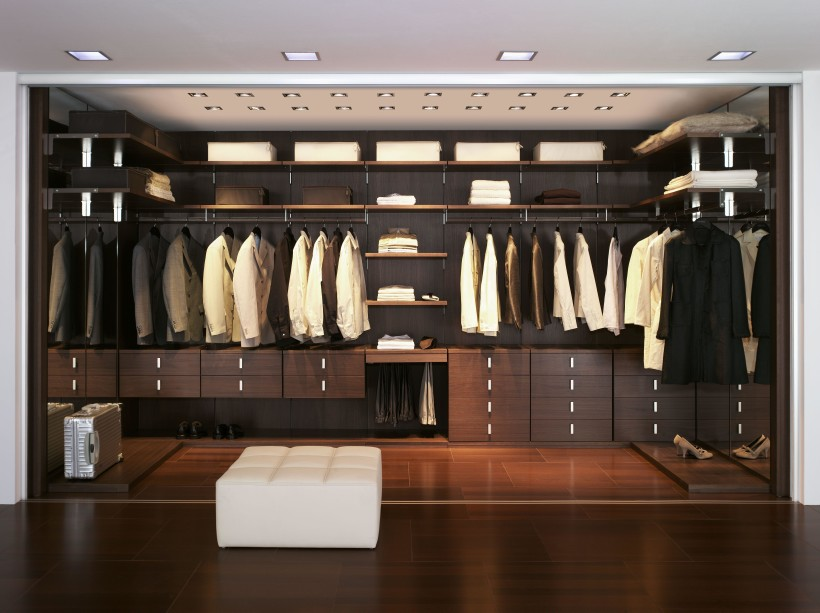 build a walk in closet online
