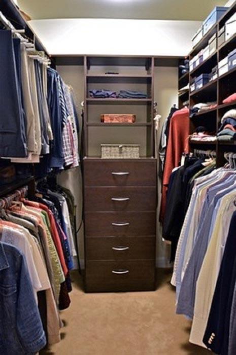 closet design ideas for small walk in