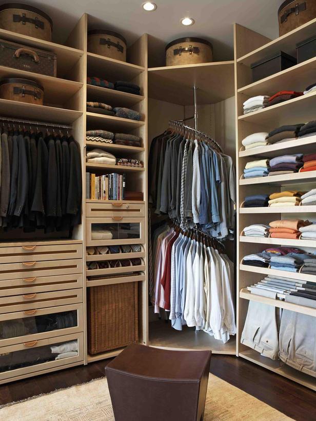 closet rod in corner