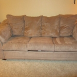 : couches and loveseats under 200