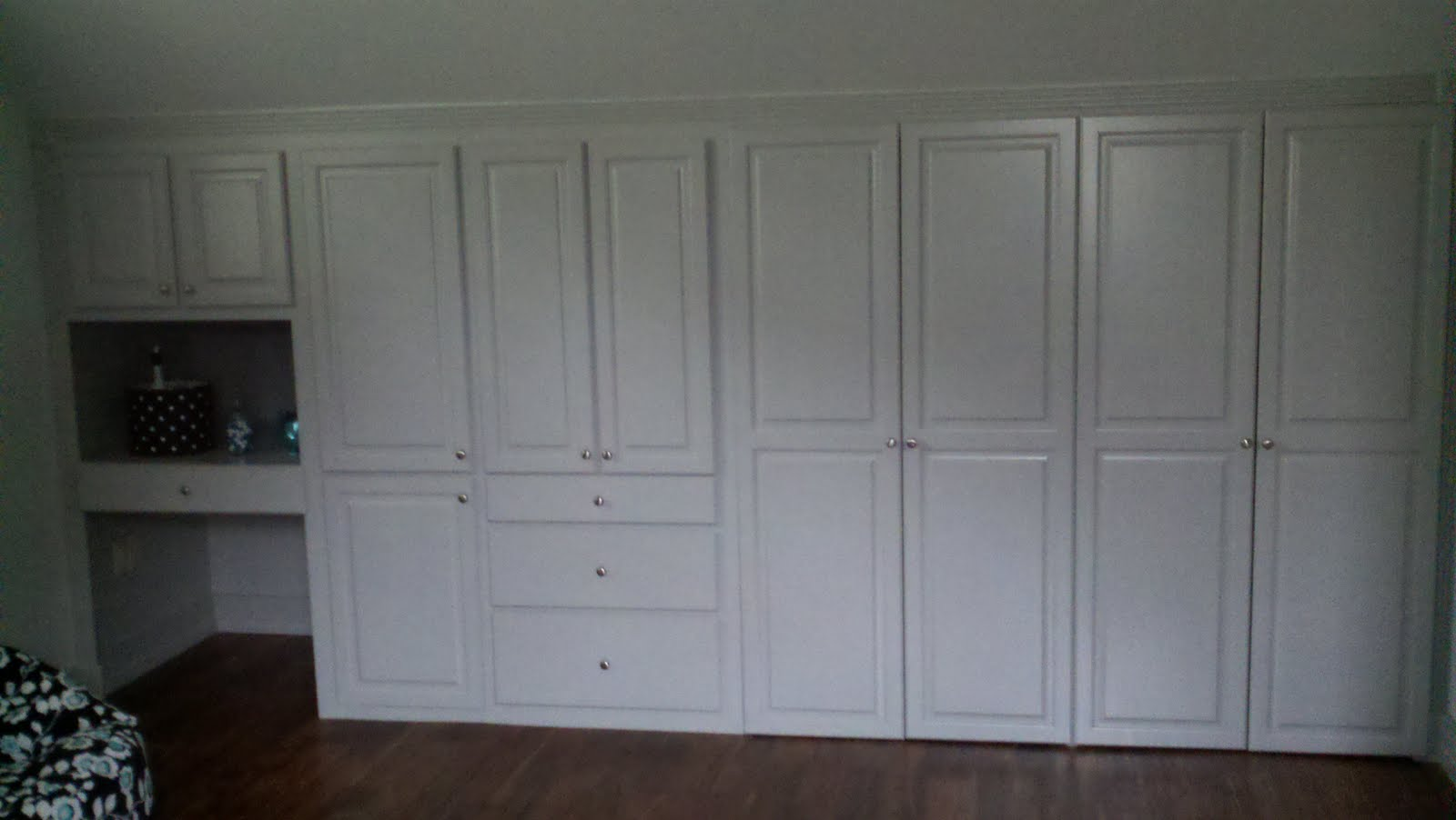 custom cabinets for closet