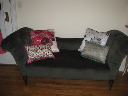 Loveseat Couchdb