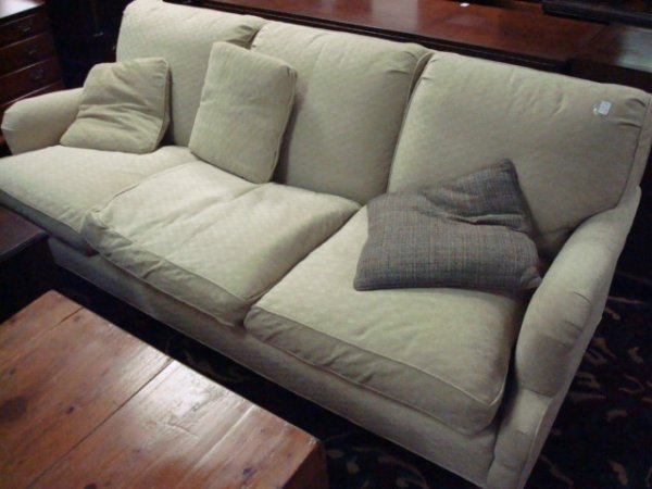 Loveseats Under 200 Dollars