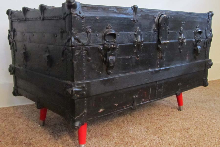 Black Steamer Trunk Coffee Table