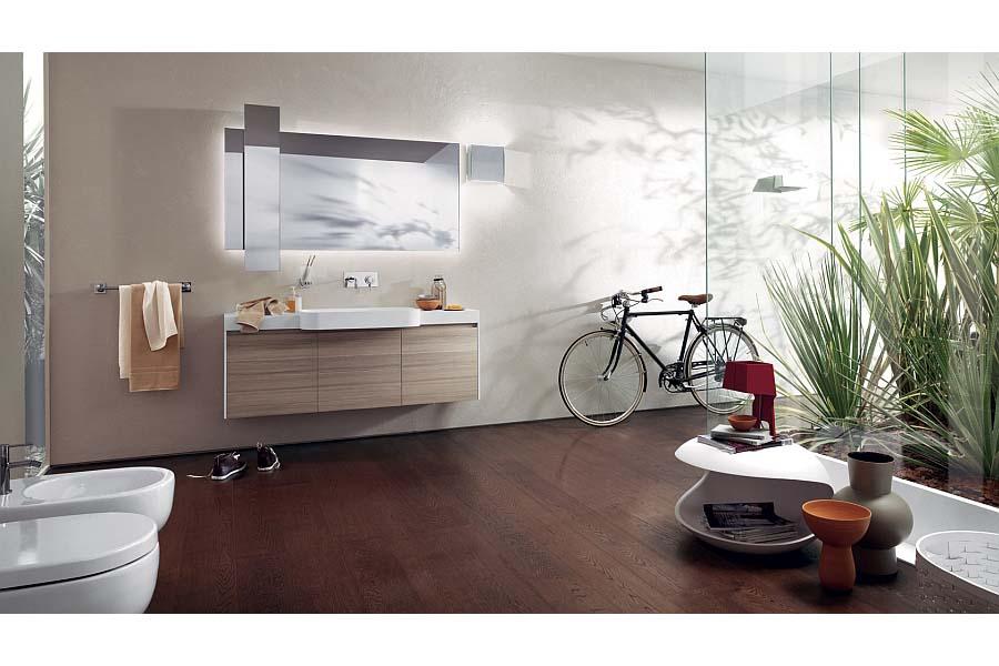 Free floating bathroom vanity