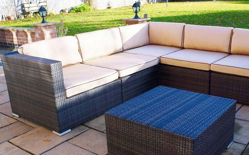 Corner Garden Chair