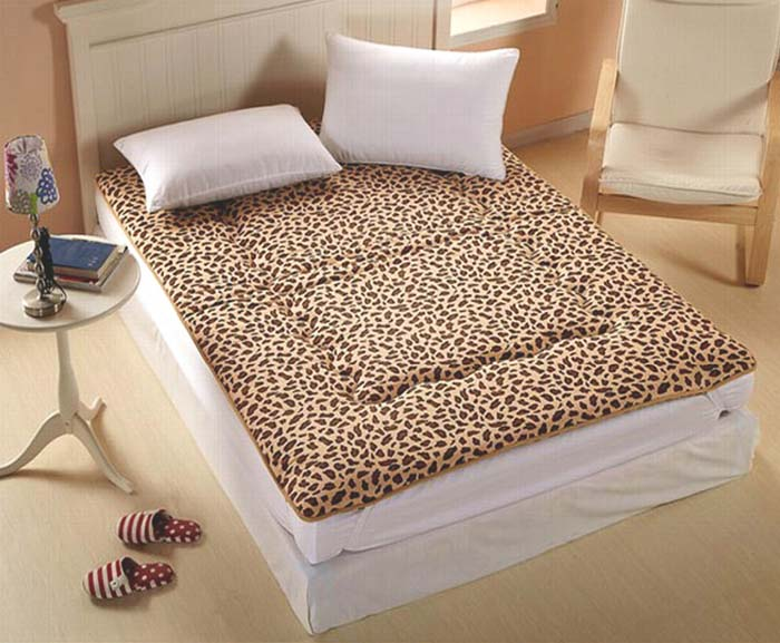 Double Bed Memory Foam Mattress Topper