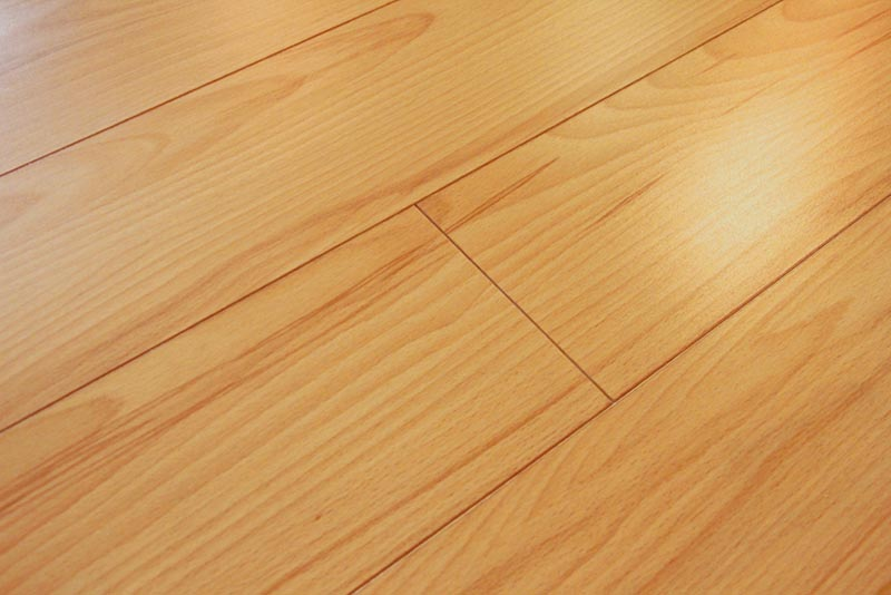Beech Laminate Flooring 8Mm