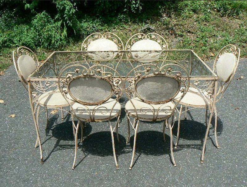 Gothic Metal Garden Furniture