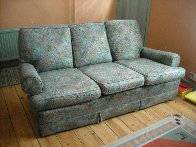 What Is The Average Size Of A 3 Seater Sofa