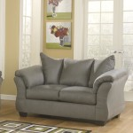 : difference between sofa couch loveseat
