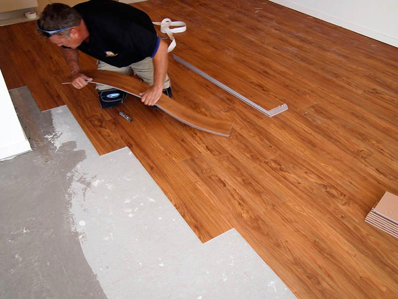 laying vinyl laminate flooring