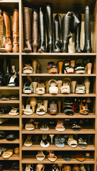 organising shoes wardrobe