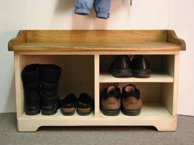 dayton entryway bench with shoe storage