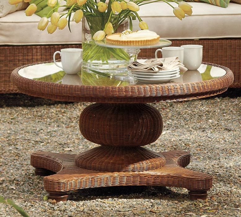 outdoor wicker coffee table round