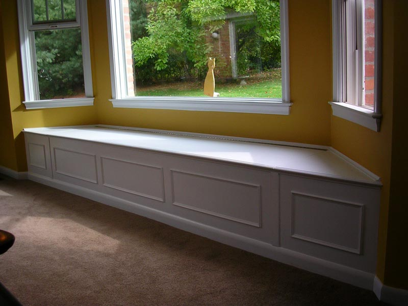 build under window bench seat