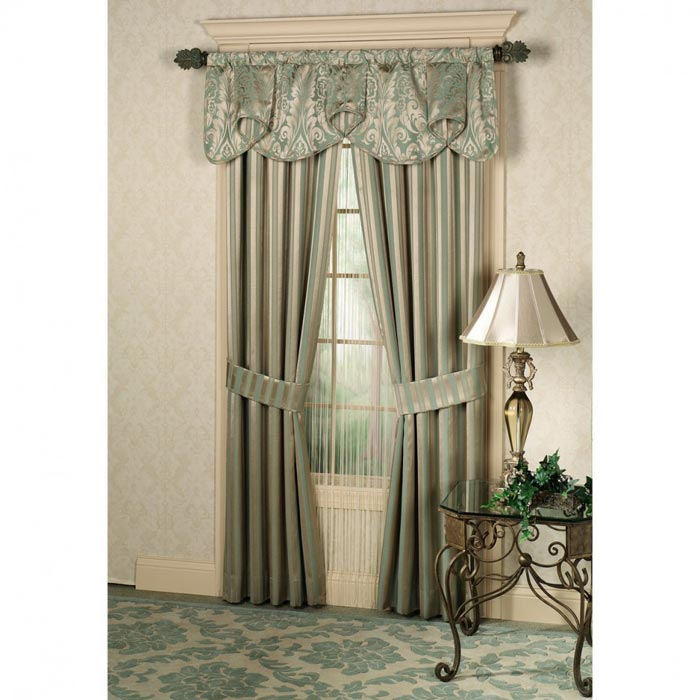curtains with matching valance