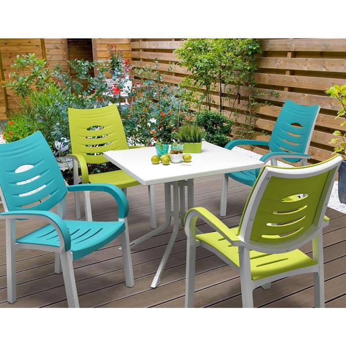 poundstretcher garden furniture