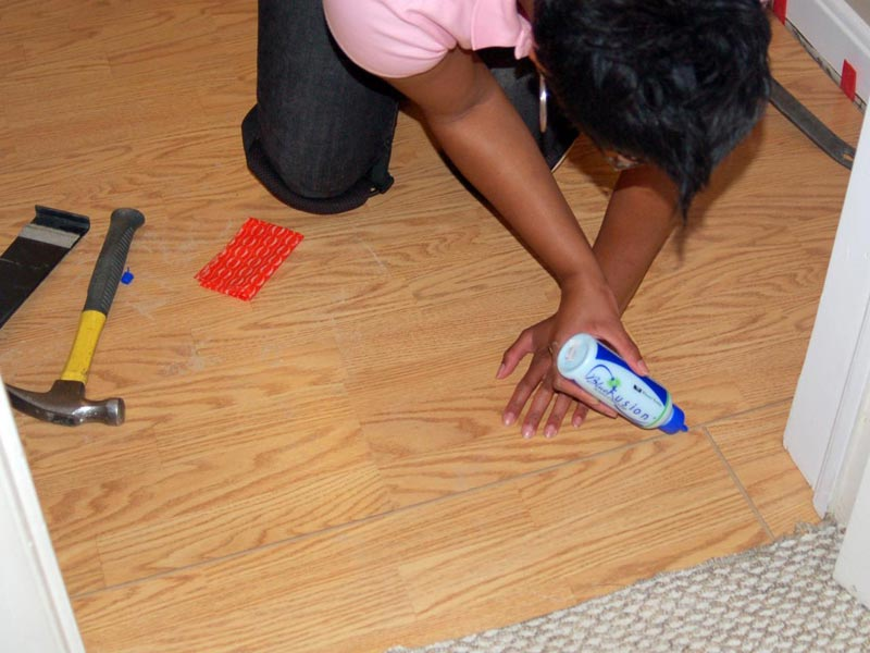 how do you install laminate flooring yourself