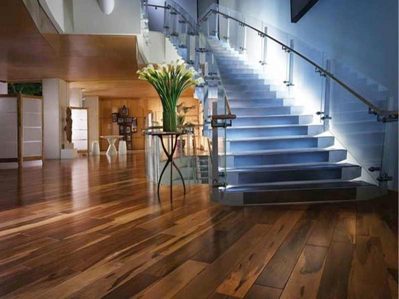 lay laminate flooring cost