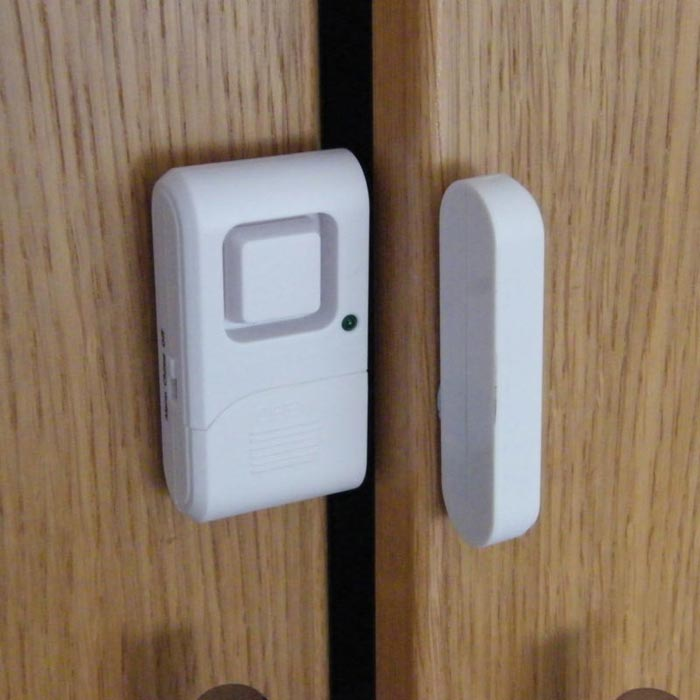 bedroom door alarms
