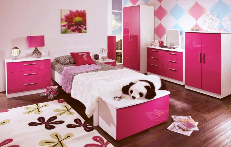 pink bedroom accessories