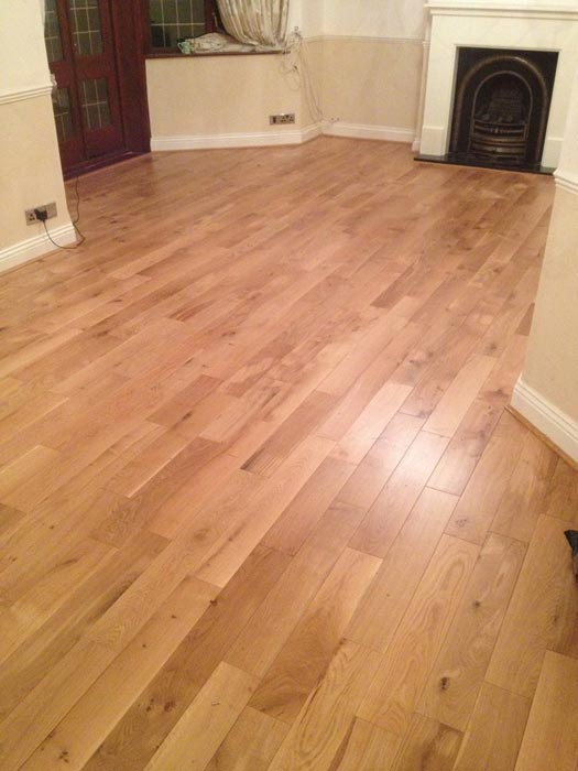 engineered oak flooring howdens
