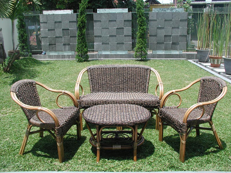 holloway rattan garden furniture