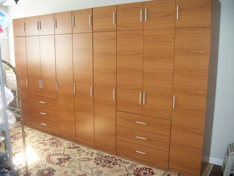 : bedroom wardrobe closet canada
