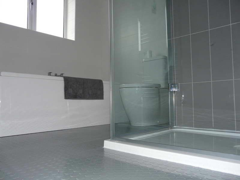 grey rubber bathroom flooring