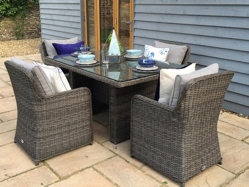 oakita rattan garden furniture