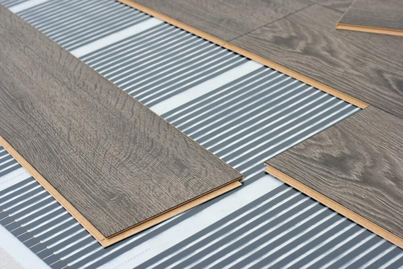 plastic core laminate flooring