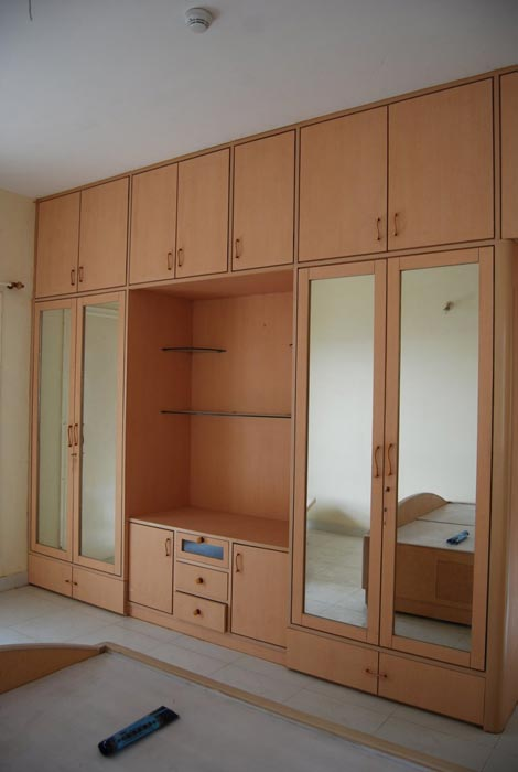 : large bedroom wardrobes7