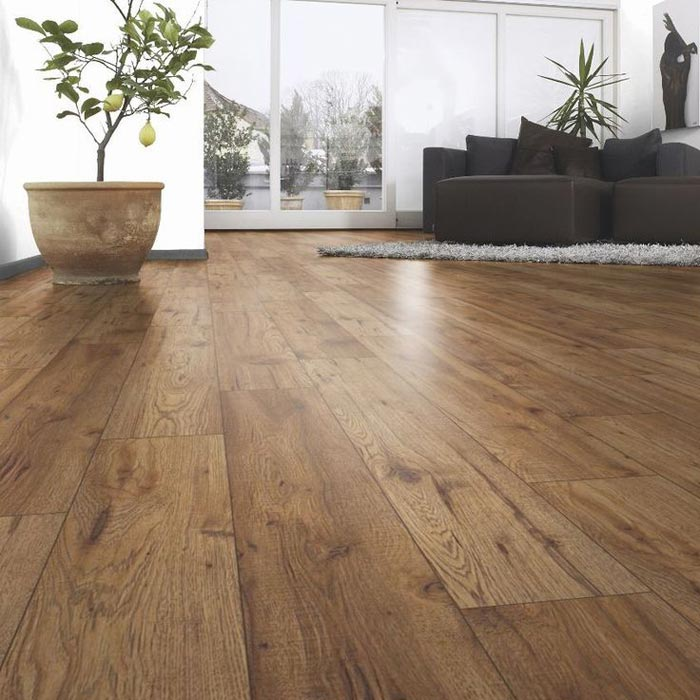 maple laminate flooring b&q