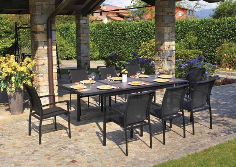 black textilene garden furniture