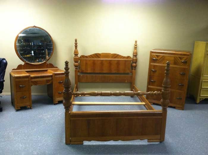 : antique bedroom furniture 1930