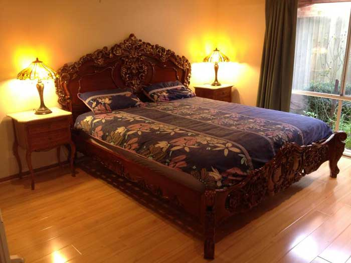 : antique bedroom furniture reproduction