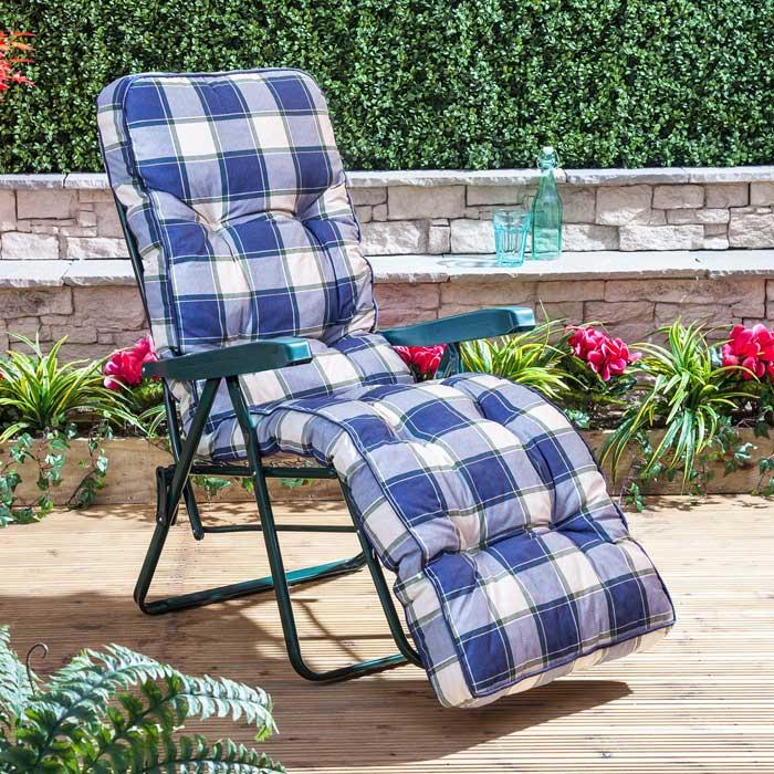 denewood garden furniture
