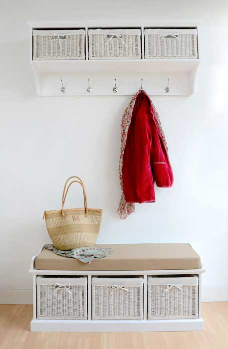 storage bench seat with coat hooks3