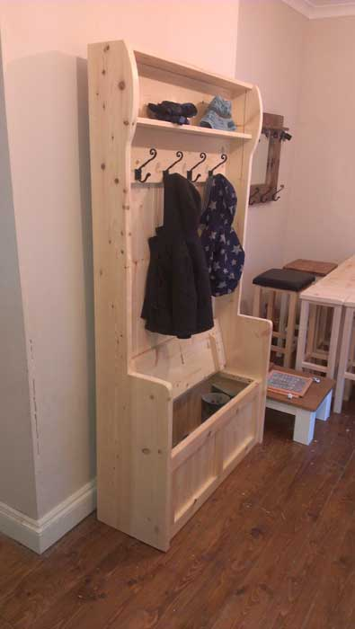 storage bench seat with coat hooks4