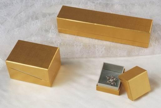 small cardboard jewellery boxes