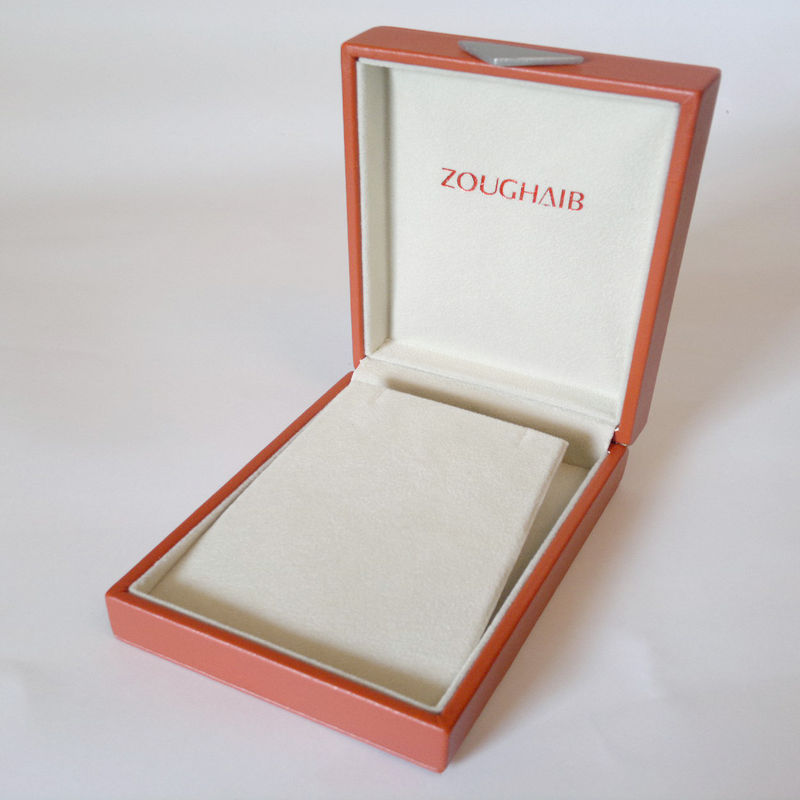 small cardboard jewelry boxes with lids