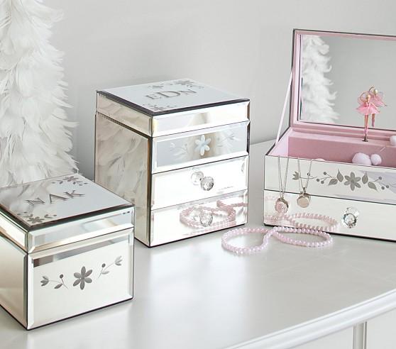 Childs jewelry box with ballerina