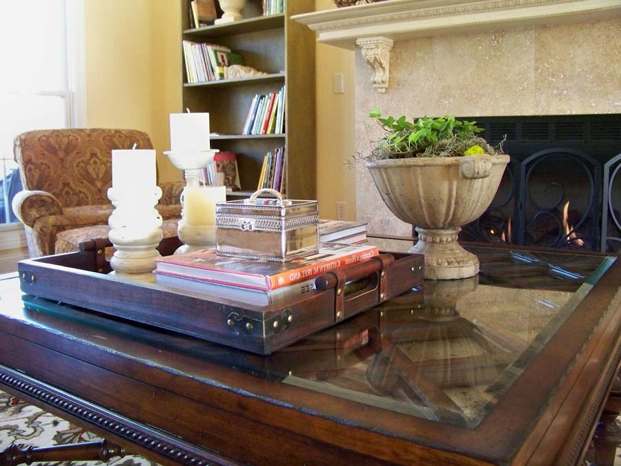 Coffee table tray target
