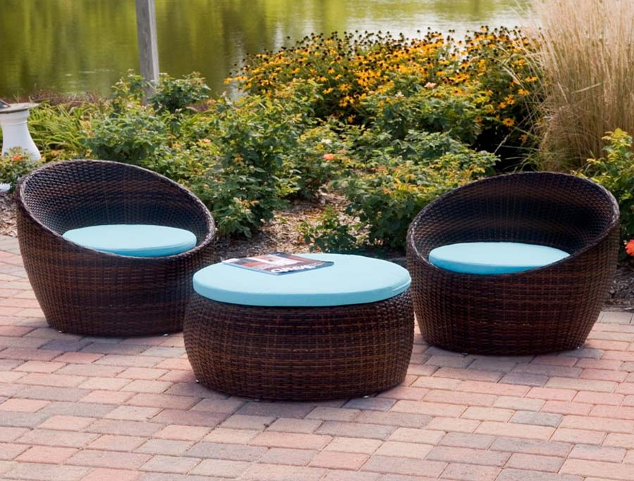 Rattan coffee table round