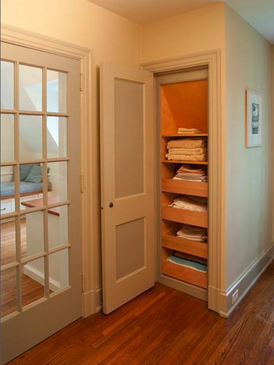 deep linen closet organization