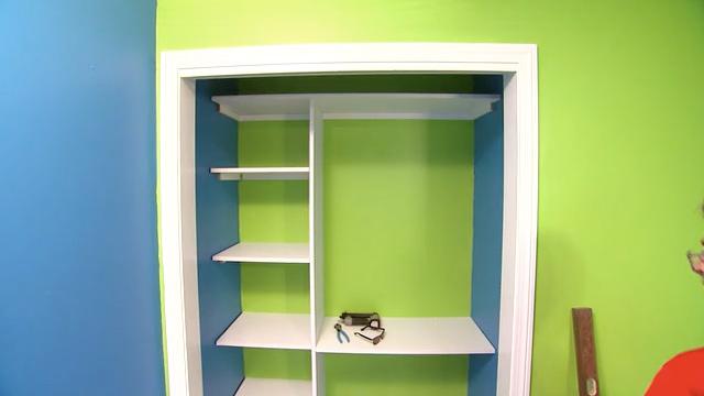 how to build wood closet shelving