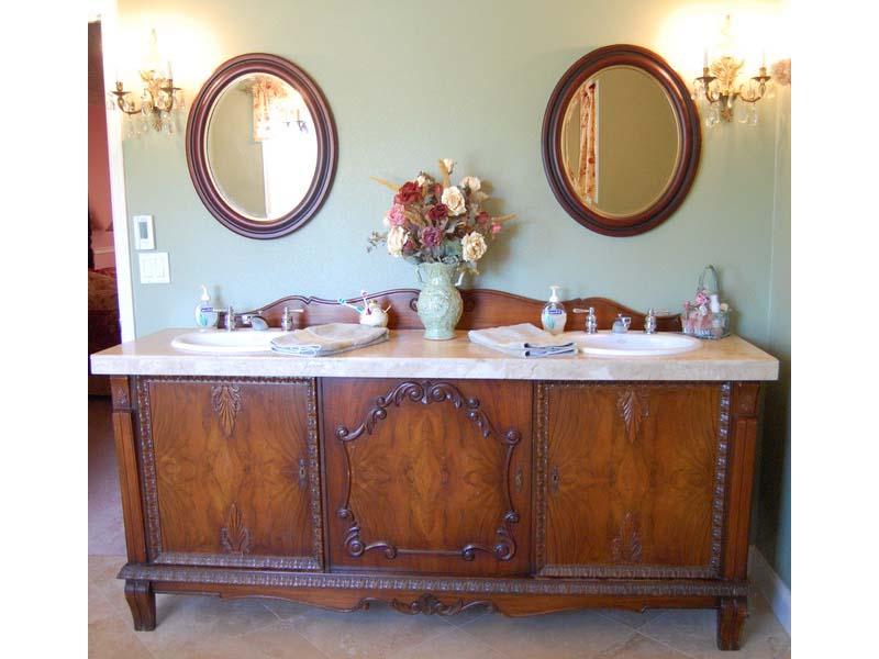 Retro bathroom vanity units