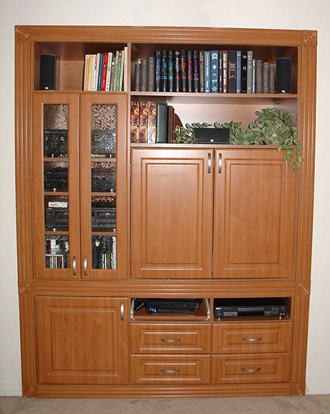 closet wall shelving units