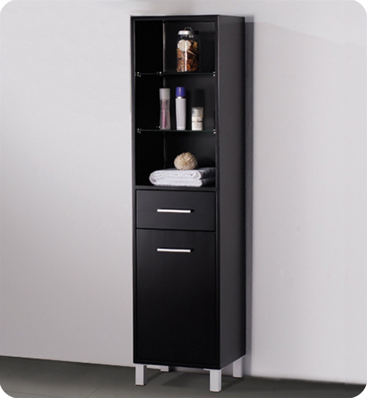 linen cabinet with shelves